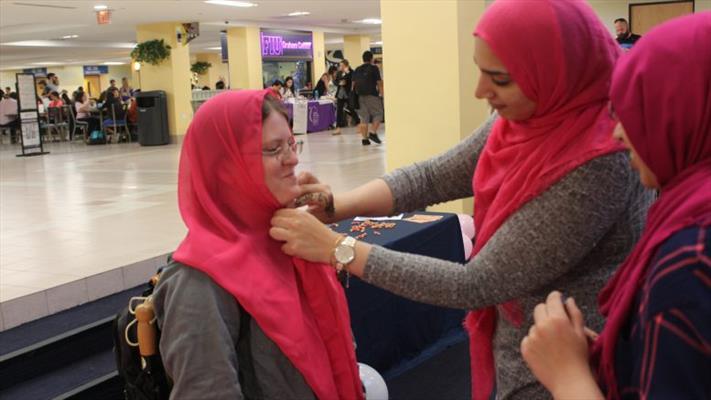 حجاب برای زنان مسلمان روش زندگی محسوب میشود
