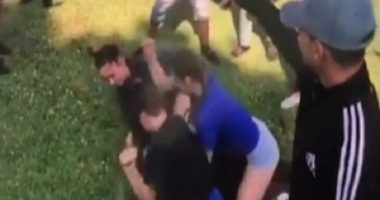 ضرب و شتم دانشآموز آمریکایی به خاطر حجاب